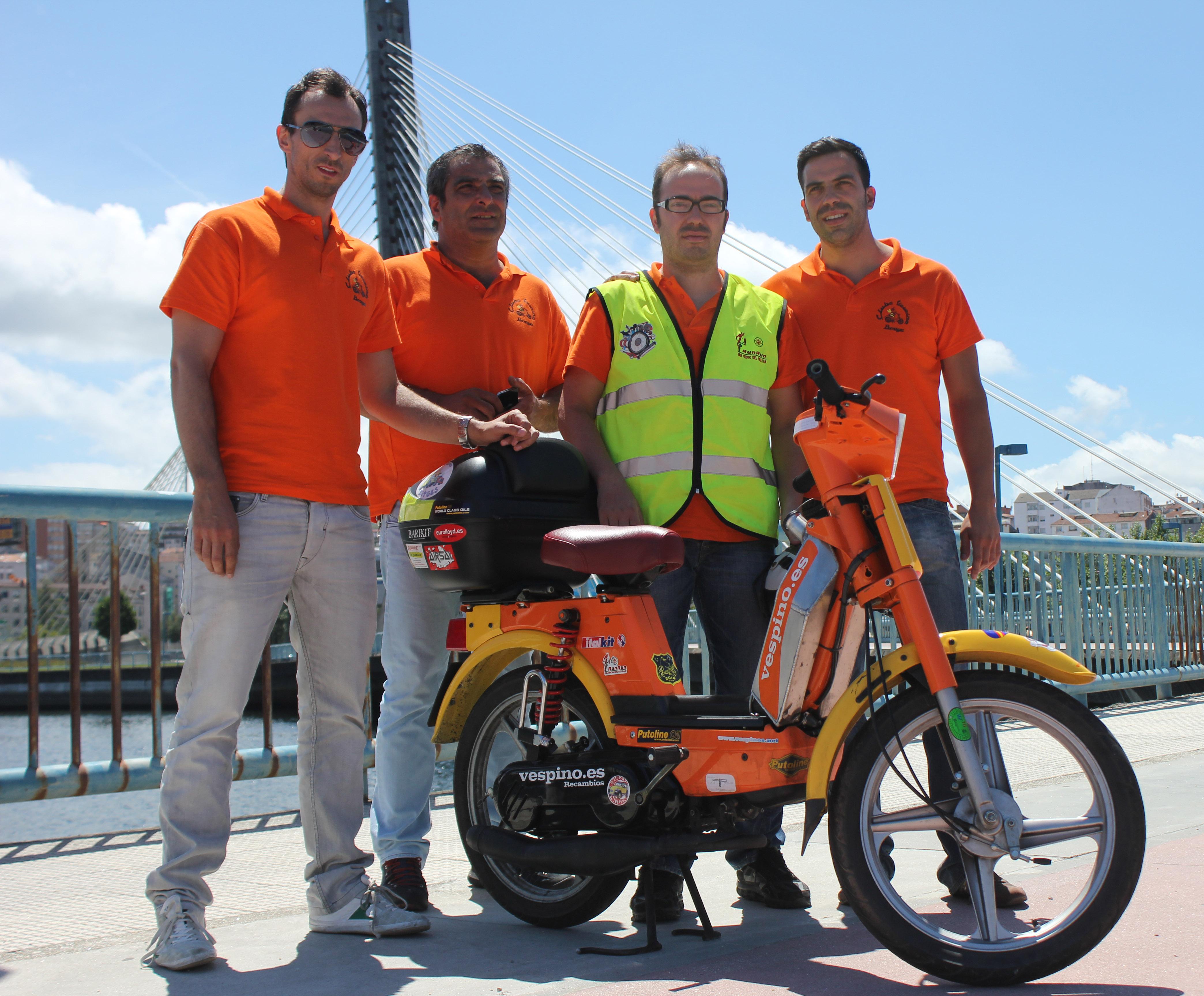 Segunda Vuelta a España en Vespino por relevos